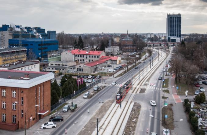 Remont trasy tramwajowej między Będzinem a Sosnowcem na ostatniej prostej [zdjęcia]