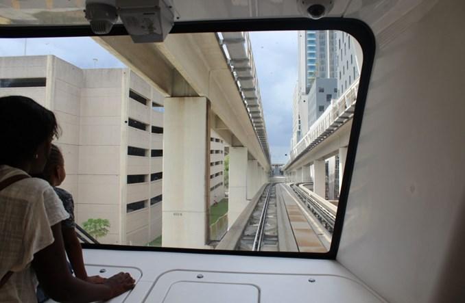 Metromover: Automatyczna kolej w Miami (Zdjęcia)
