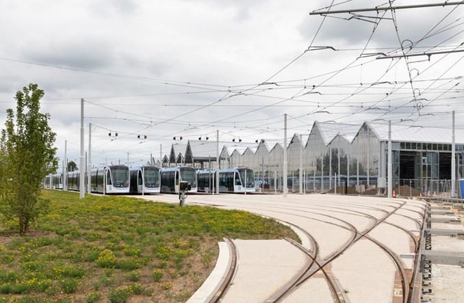 Ruszyła kolejna linia tramwajowa w okolicach Paryża [zdjęcia]