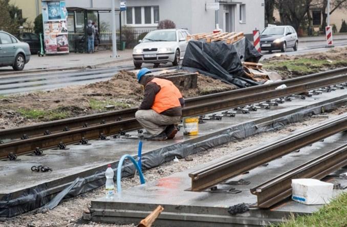 Toruń: Płyta podtorowa na Kraszewskiego gotowa. Koniec prac w maju