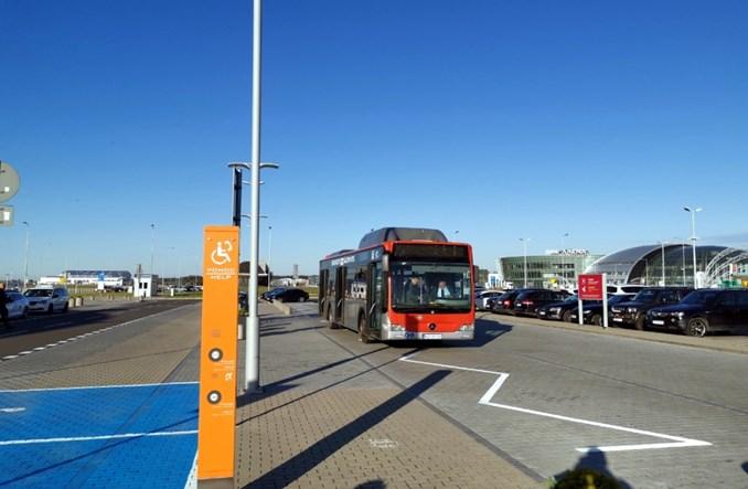 Technologia zmienia mobilność. Nowe taryfy, pojazdy, sposoby zarządzania parkowaniem