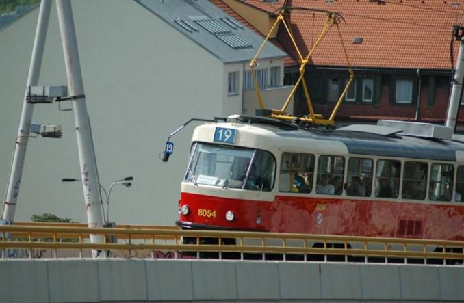 Praga: Nowa linia na nowym torowisku