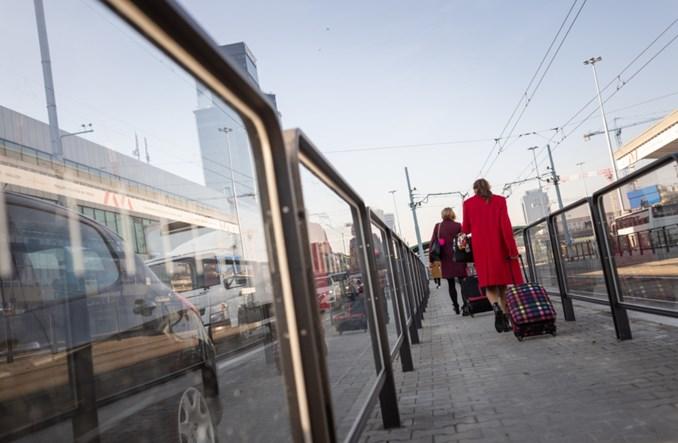 Koronawirus: Polacy wrócą do samochodów?