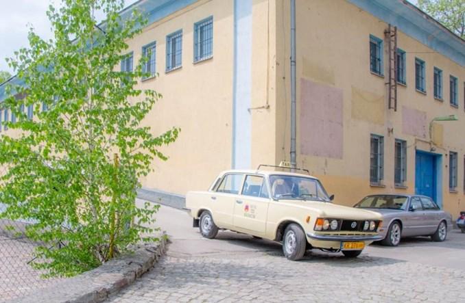 Zabytkowa taksówka FSO przypomni o taksówkowej historii MPK Kraków