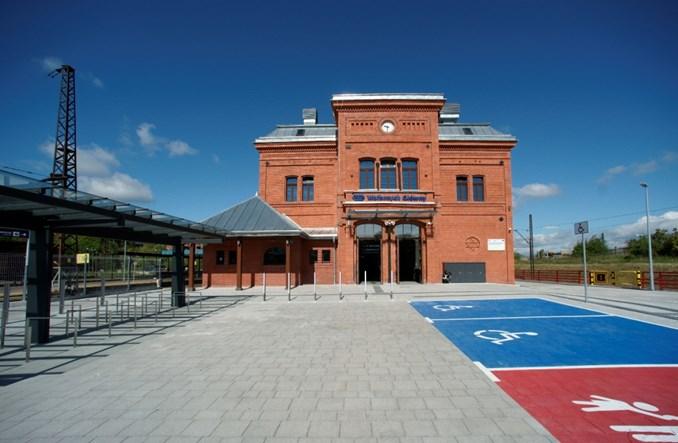 Dworzec Wałbrzych Główny znów zachwyca historycznym pięknem