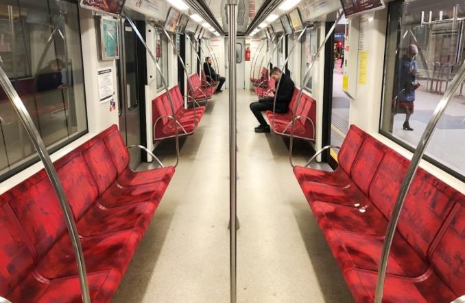 Limit osób w transporcie publicznym zniesiony - 100% pojemności od 26 czerwca