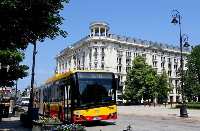 Warszawa: Nowe autobusy gazowe CNG wyjechały na linie