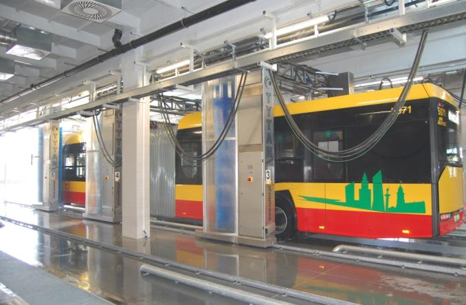 SULTOF: Jak się myje autobusy?