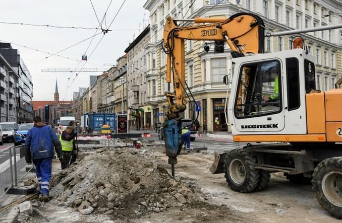 Wrocław: MPK nie zwalnia tempa. Wakacje pełne robót tramwajowych [lista]