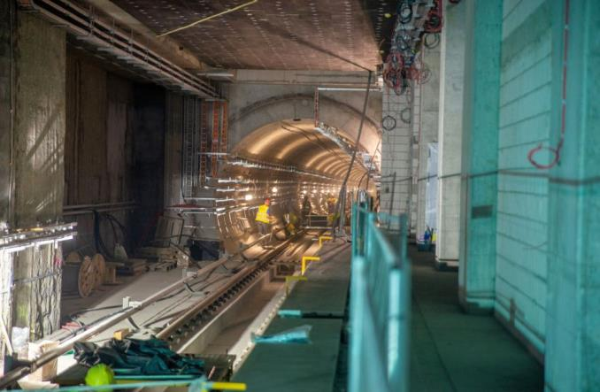 Warszawa: Prawie 2 mld zł kredytu z EBI na budowę metra