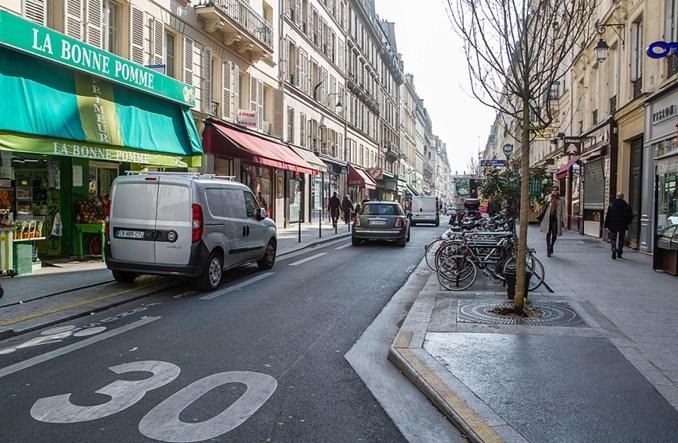 Paryż. Ograniczenie prędkości do 30 km/h w niemal całym mieście