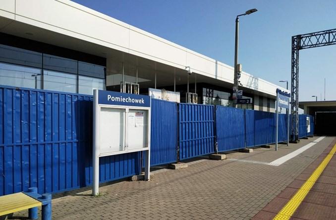 Opóźnia się oddanie dworca w Pomiechówku. Od roku