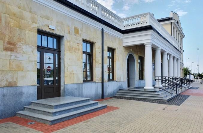 Dworzec w Skarżysku-Kamiennej otwarty po przebudowie [zdjęcia]