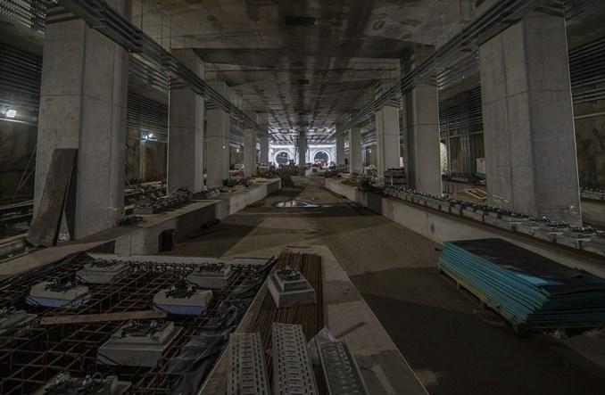 Metro na Bródno: Niemal połowa torowiska już ułożona