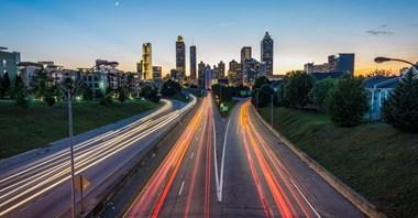 Przyszłość miast to inteligentne rozwiązania transportowe