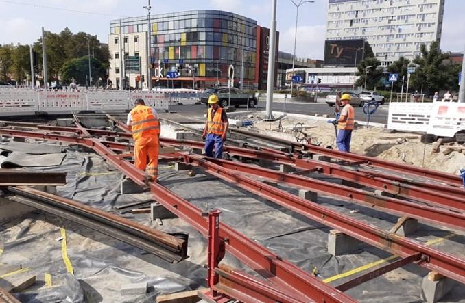 Szczecin. Jak idzie modernizacja torowisk w ścisłym centrum?