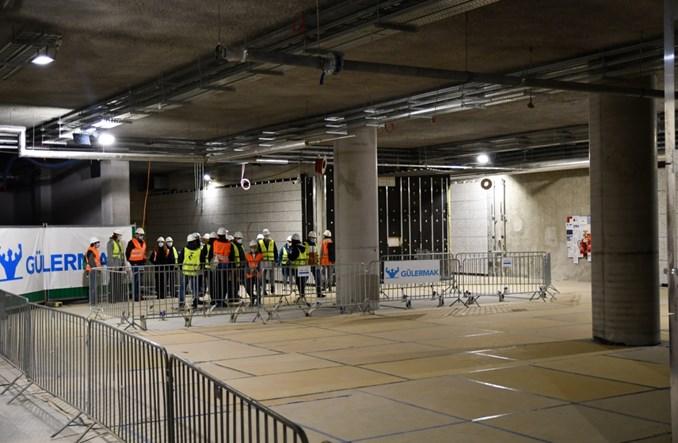 Metro na Bródno: Pierwsze ruchome chodniki i lastryko na ścianach (zdjęcia)