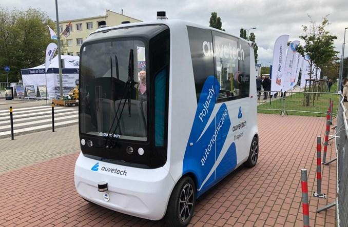 Gdańsk rozpoczyna pilotaż autonomicznego busa na cmentarzu. Pojedzie też bez operatora