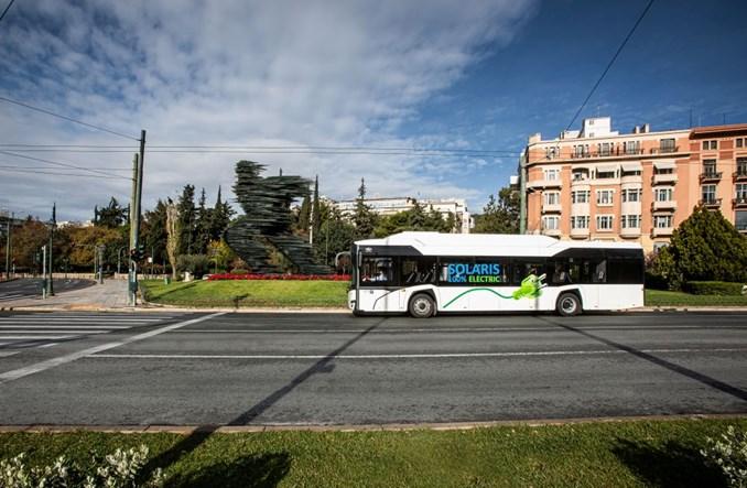 Solaris: 30 e-busów do Genui