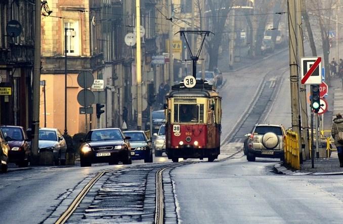 Bytom: Oferty na przebudowę i rozbudowę torowiska na Piekarskiej dla 38