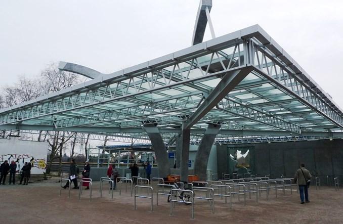 Nowy parking rowerowy przy przystanku kolejowym Ursus Niedźwiadek