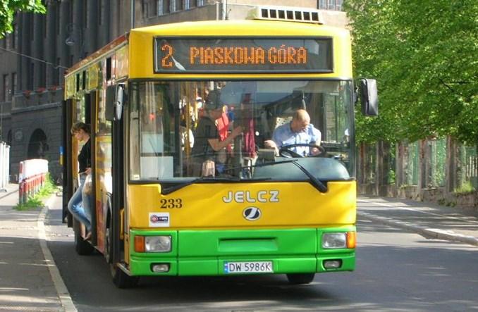 Felieton: Jak promować transport zbiorowy