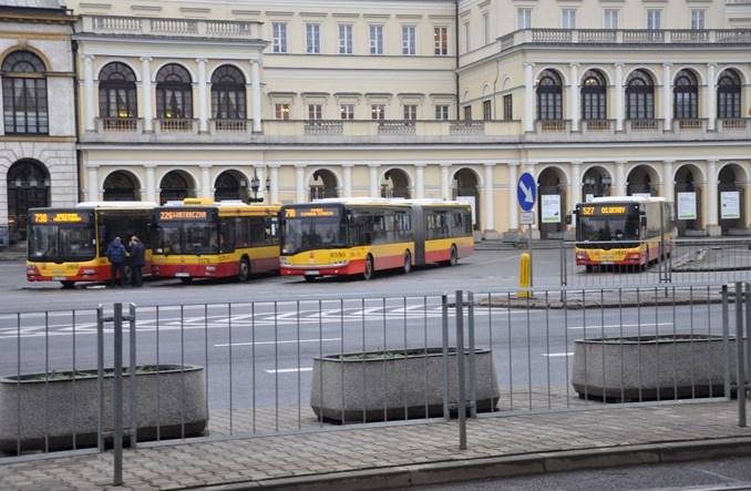 Warszawa zarabia więcej na biletach w komunikacji
