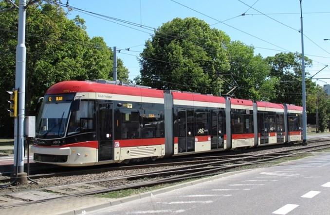 Gdańsk zleca utrzymanie tramwajów na zewnątrz. Na razie się to sprawdza