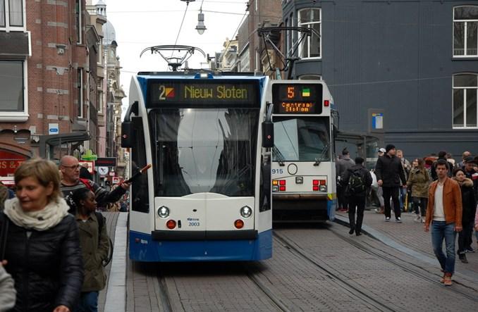 Amsterdam zatwierdza olbrzymie pieniądze na rozwój transportu miejskiego