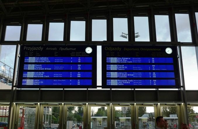 Ponad 450 tys. zł kary dla PLK za system (dez)informacji pasażerskiej