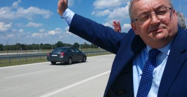 Andrzej Adamczyk: Brakuje parkingów P&R i integracji