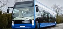 Alstom i NTL zbudowały elektrobus z czterema skrętnymi kołami
