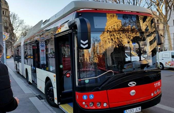 Barcelona kupuje 29 elektrobusów. Jeżdżą tam solarisy