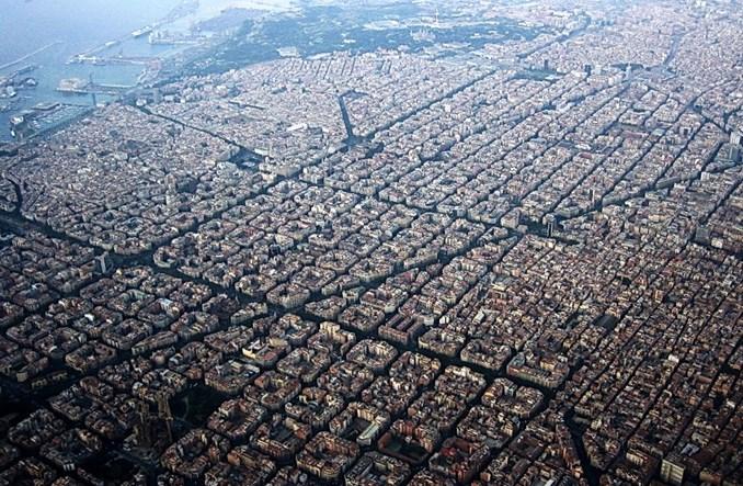Czas na radykalne rozwiązania. Barcelona spacyfikuje ruch na 60% ulic