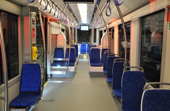 Zobacz lakier blue metalic na tramwaju Twist dla Wrocławia