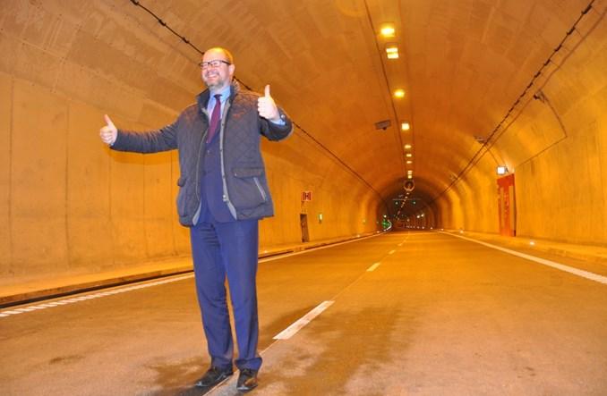 """Gdańsk. Tunel pod Martwą Wisłą już """"po pożarze"""". W niedzielę otwarcie"""