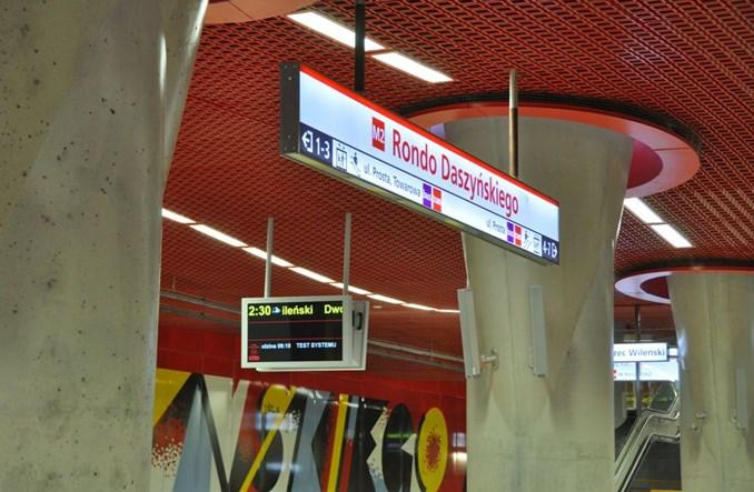 Metro: Pierwsza stacja z pozwoleniem na użytkowanie