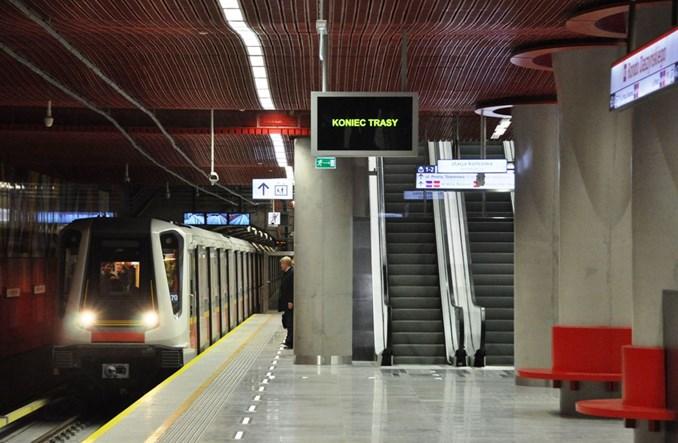 Metro: Testy wielu pociągów w ruchu ciągłym na II linii