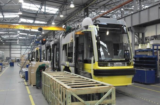 MPK-Łódź wysyła pracowników do Pesy. Zdążą z produkcją tramwajów?