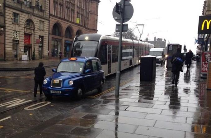 Edynburg. Jak system tramwajowy stanął z powodu hamburgera