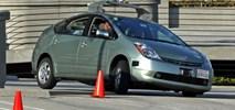 Jak samochody bez kierowców ominą pieszych?