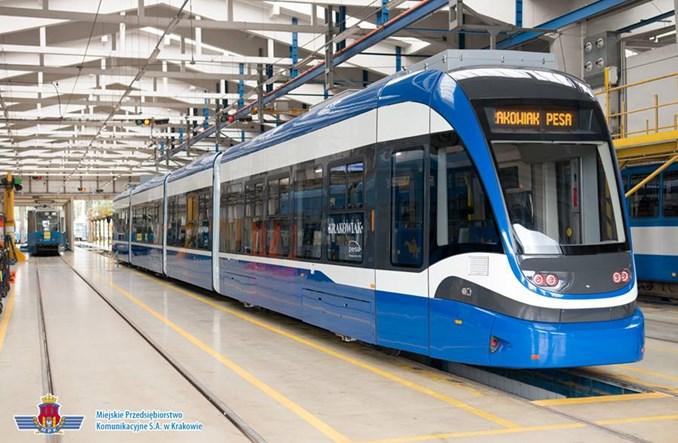 Krakowiak – najdłuższy tramwaj w Polsce – w trakcie łączenia