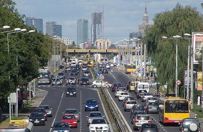 Natężenie ruchu a liczba mieszkańców i celów podróży – mają znaczenie?