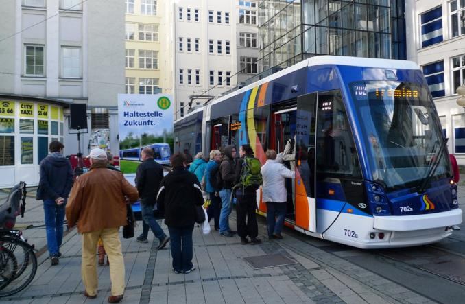 Pierwszy polski tramwaj dla Niemiec zaprezentowany w Jenie