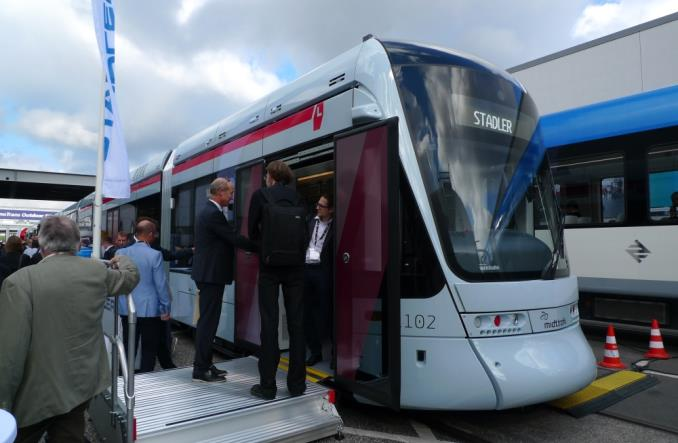 Wielki powrót tramwajów do Danii. Stadler pokazuje Variobahn dla Aarhus