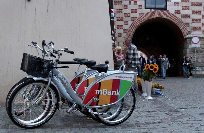Oficer rowerowy Lublina: KUL stawia stojaki, my – parkingi rowerowe