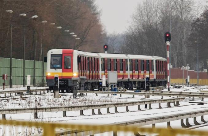 Warszawa: Pierwszy Metropolis po naprawie w Mińsku Maz. kończy testy