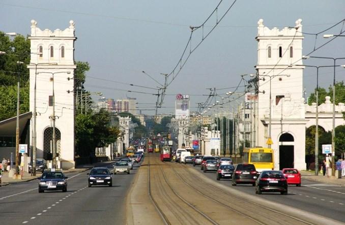 Warszawa: Jedna oferta na projekt wind na wiadukcie Poniatowskiego