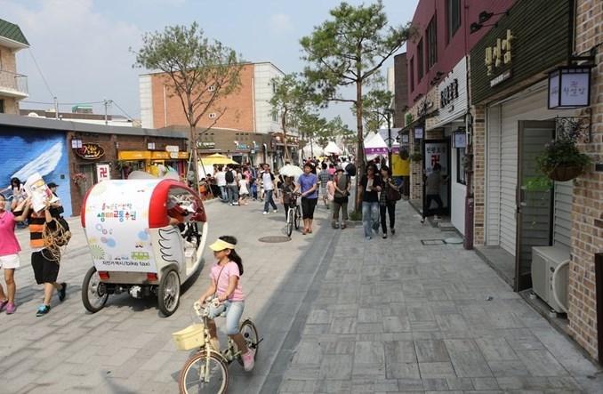 Suwon. Miesiąc bez samochodów zmienił mieszkańców