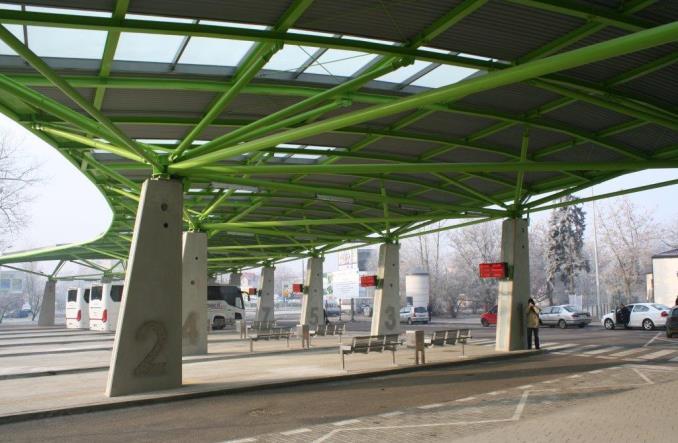 Płock z nowym dworcem kolejowo-autobusowym